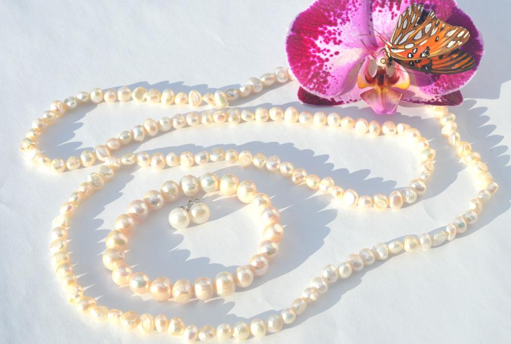 Elegant-classic-pearls2